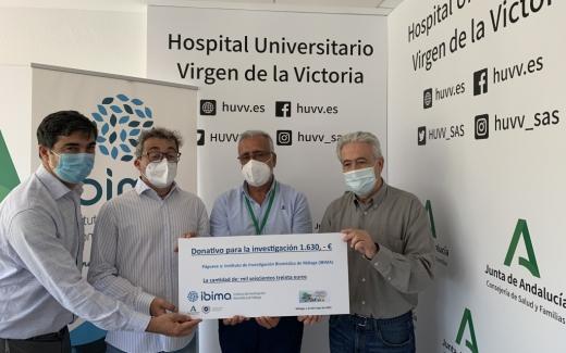 IBIMA recibe una donación de la Asociación 'Payasos de Hospital'