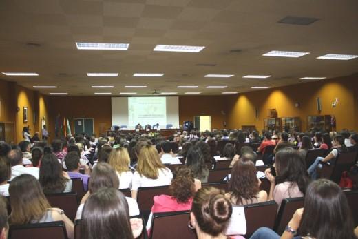 Imagen del salón de actos principal durante el acto de acogida EIR 2011