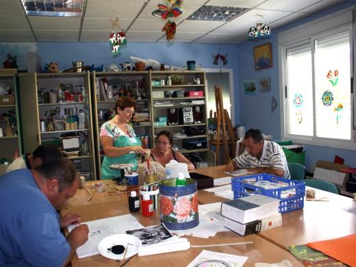 Uno de los diferentes talleres de la Comunidad Terapéutica