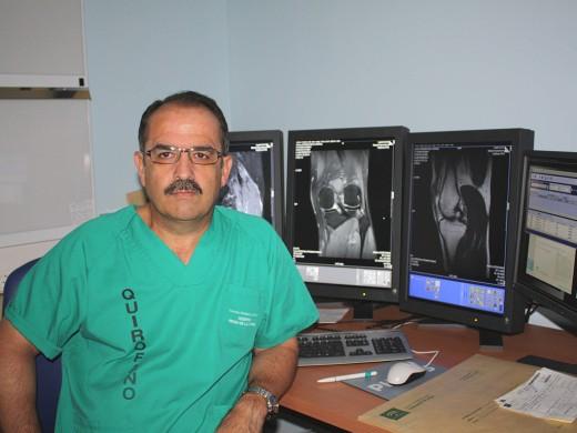 Alejandro Espejo es el director del Curso Internacional de Cirugía Artroscópica