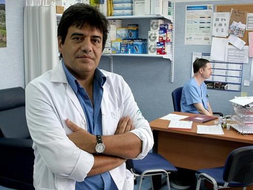 El endocrinólogo Francisco Tinahones ha liderado la investigación