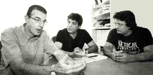 Miguel Martín, Francisco Tinahones y Manuel Macías, ayer, en una consulta