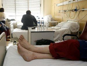 Los pacientes crónicos no disponen de centros específicos para ser encamados