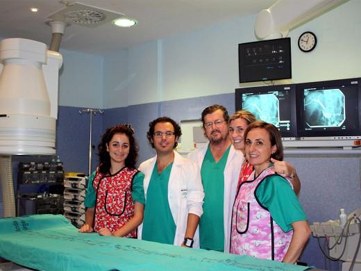 Profesionales de la sección de radiología vascular intervencionista del Hospital