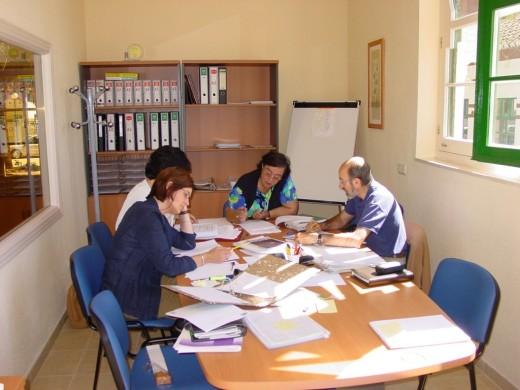 Una reunión terapéutica del equipo de Salud Mental Infantil del Hospital