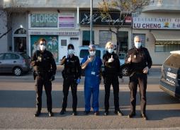 Homenaje a los profesionales sanitarios en el HUVV. Autor: Víctor Carrillo